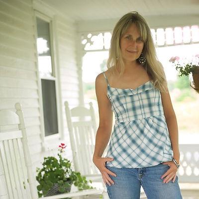 Debbie-0021.jpg