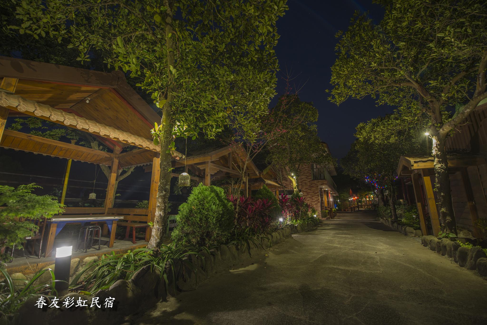 烤肉區夜景