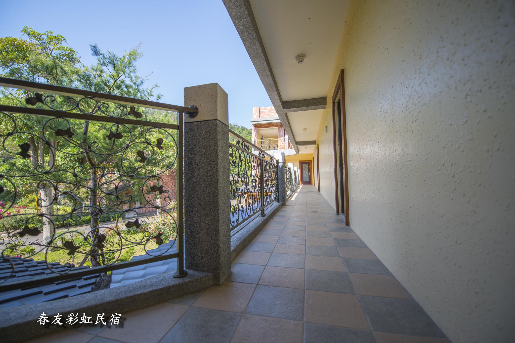 楓香四人廊道