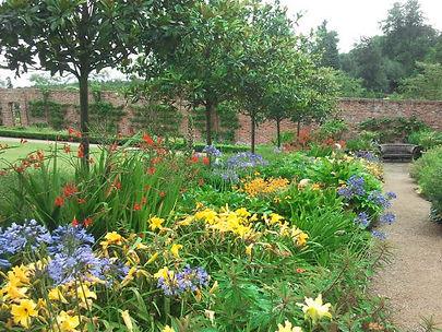 Ethno Flora Ethnoflora garden advice maintenance flowers pruning