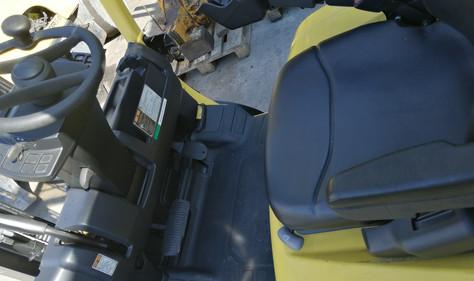 Hyster viljuškar 2500 kg nosivosti, BROJ 200