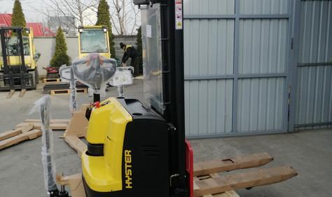 Hyster elektro staker NOV - na stanju