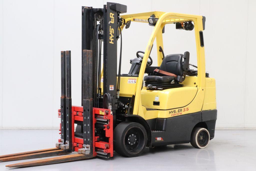 Hyster plinski viljuškar 3500 kg nosivosti, BROJ 195