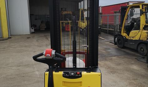 Hyster elektro staker 1600 kg - broj 168