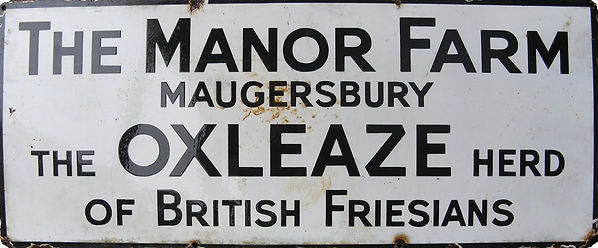 Manor Farm Sign.jpg