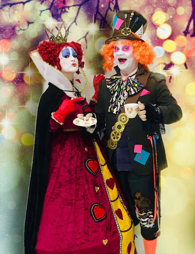 Queen Of Hearts & Mad Hatter