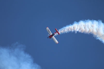 air-show-1123336_1920.jpg