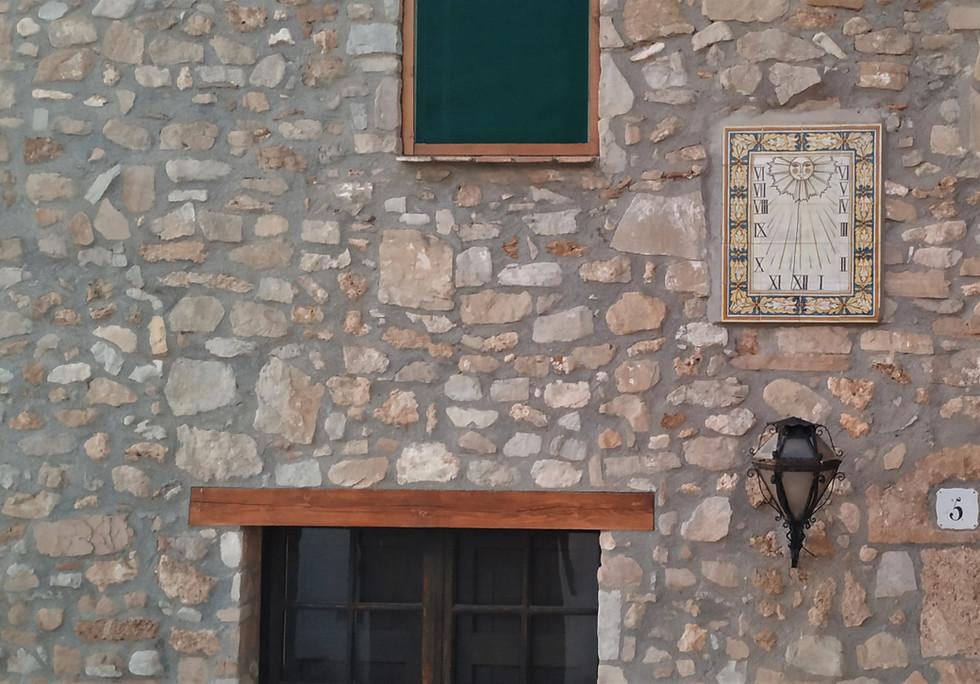 Detalle fachada desde el patio interior
