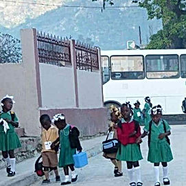 Dondon kids going to school.jpg