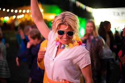 Bakgårdsfest_2.jpg