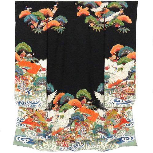Vintage Hiki-Furisode / Hitokoshi-Chirimen / Hand Embroidered / Yuzen