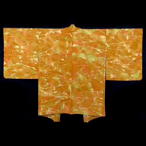 Vintage Japanese Kimono Jacket / Haori / Komon / Gosho Ningyo / Kawari-Chirimen
