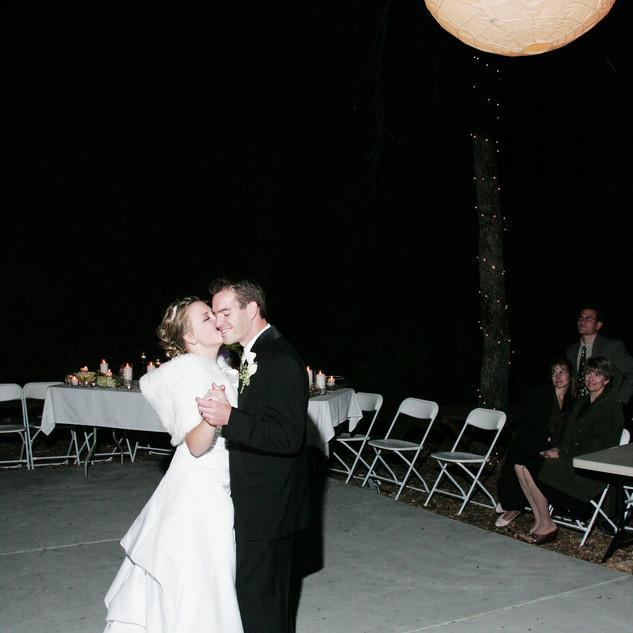 JASON & CICI WED 11-8-05 585.jpg