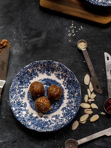 Date Energy Balls for Cher Nutrition