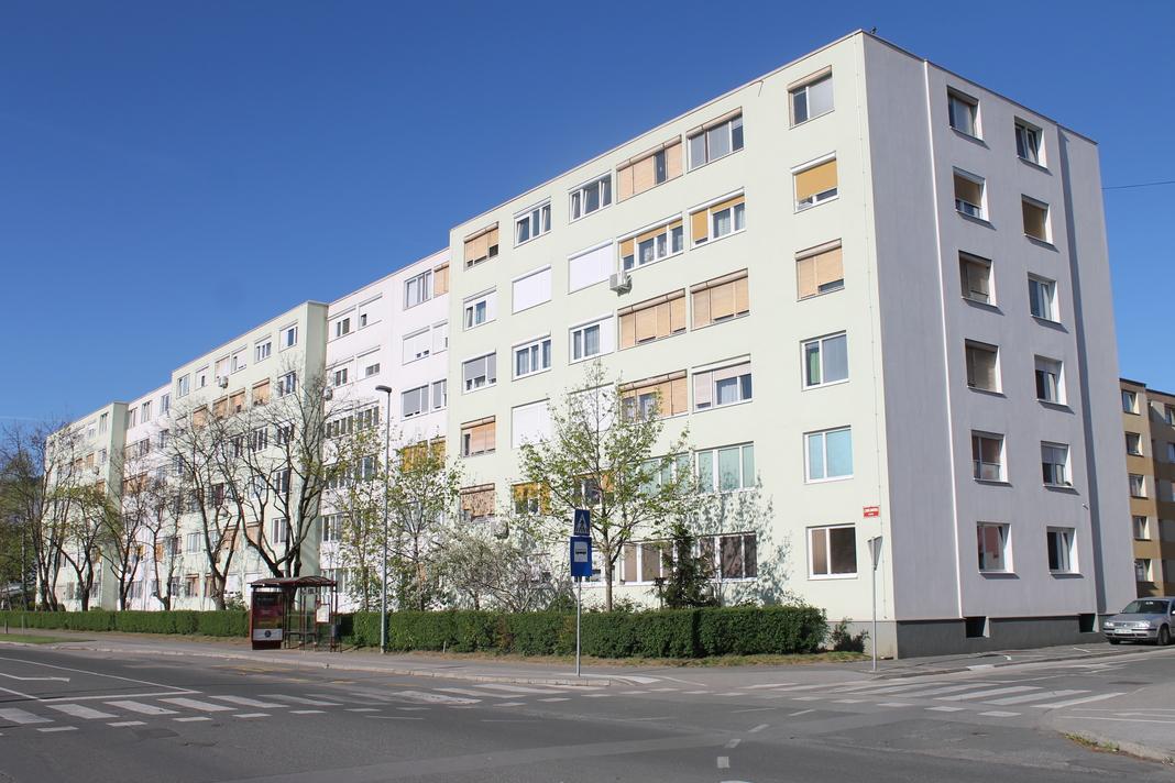 Ljubljanska ulica 88 A, B, C