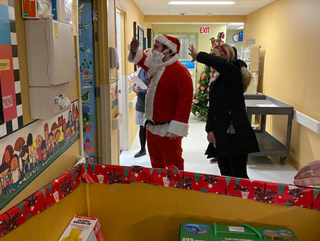 Emerald Spreads Christmas Cheer - Toy Drive 2019