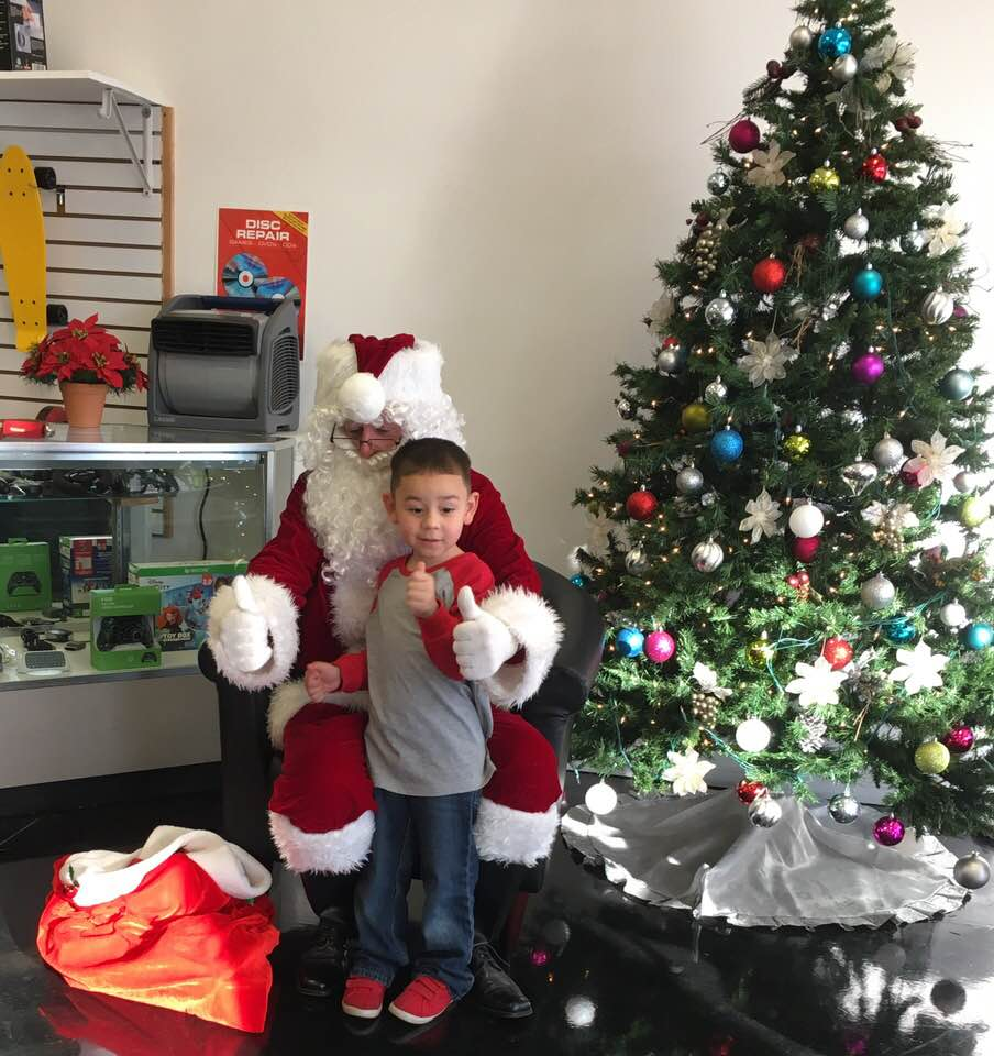 Thumbs up to Santa!