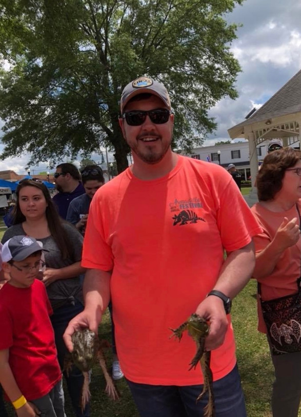 Armadillo Festival Frog Jumping Contest