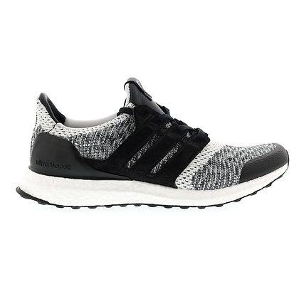 Adidas Ultraboost SNS X Social Status