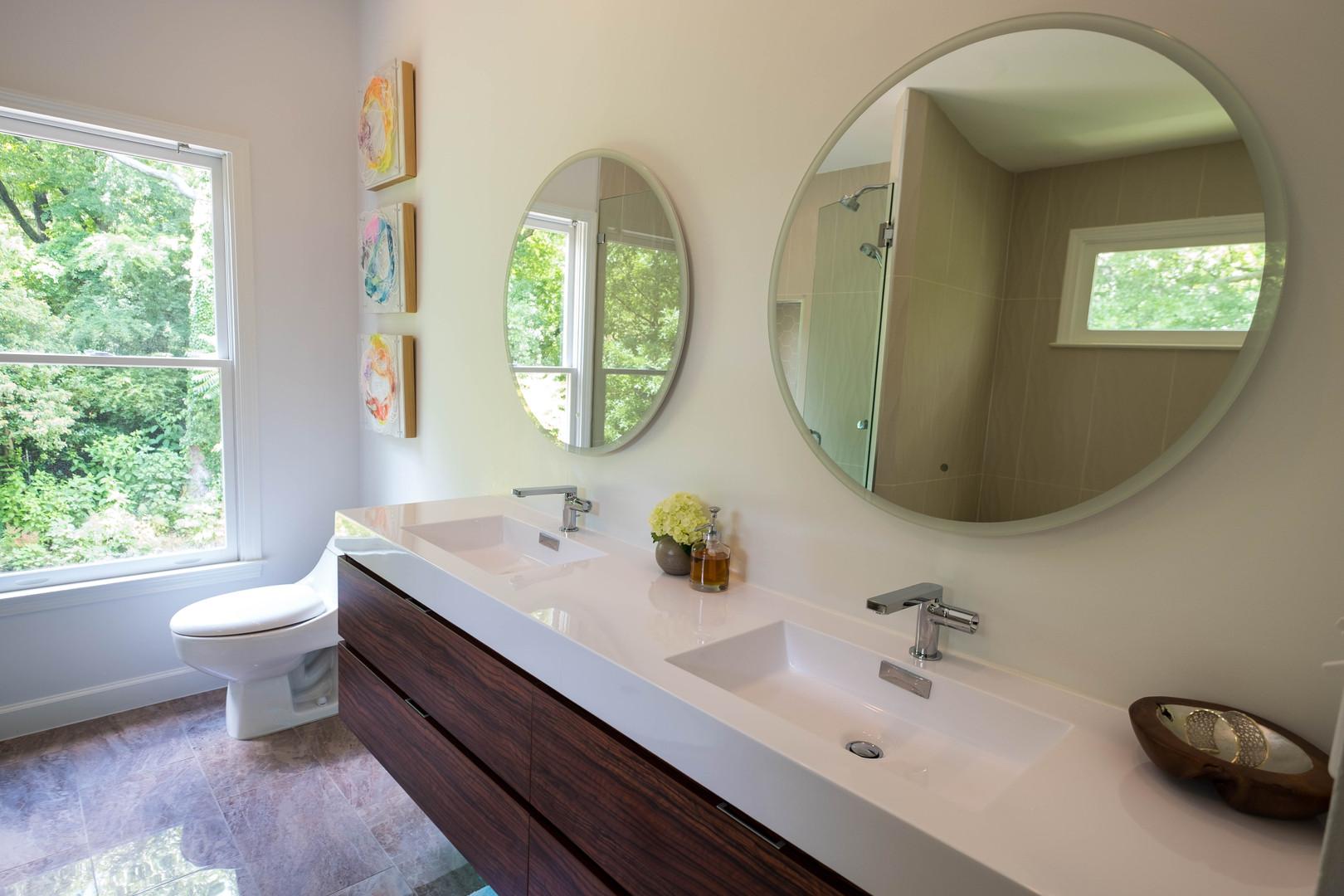 Bathroom4_Niki Zarrabi Continuous I-III and LED mirrors.jpg