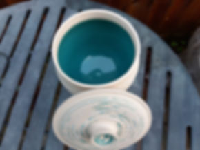 Turquoise with lid 2.jpg