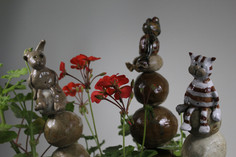 animals on stacking stones
