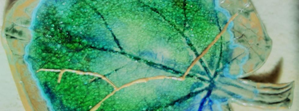 Kintsugi glass leaf platter