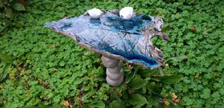 Leaf Bird table