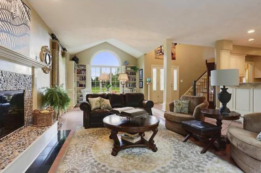 Open Plan Family Room & Library