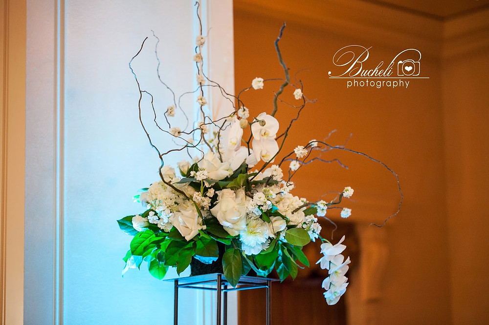 Wedding Flowers by Visual Impact Design. Bucheli Photography.