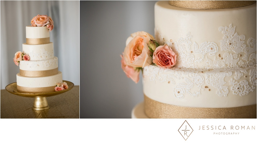 Cake flowers by Visual Impact Design | Jessica Roman Photography