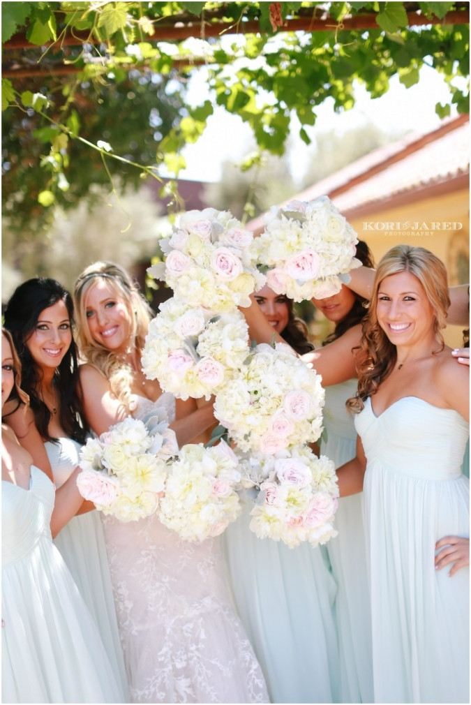 Pink blush and ivory bouquets by Visual Impact Design | Kori & Jared Photography