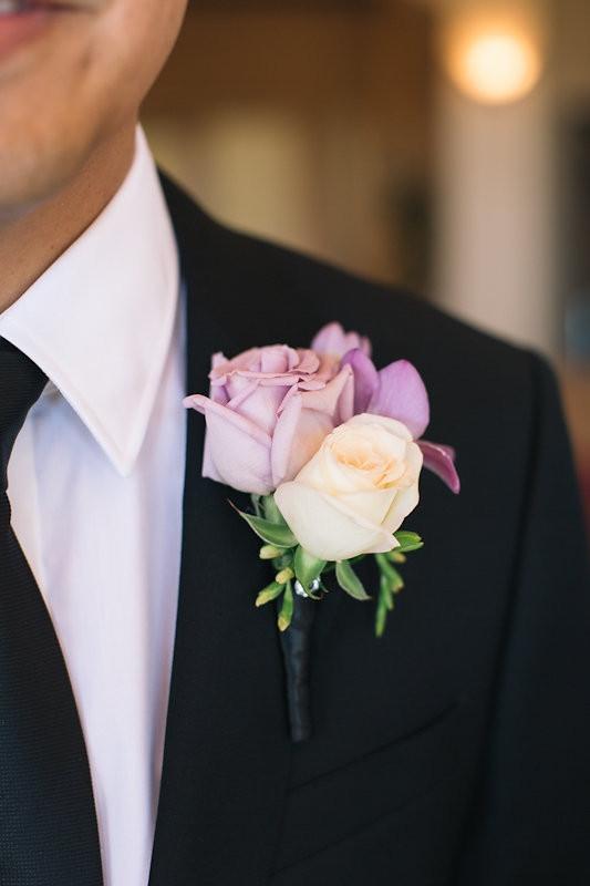 Catta Verdera wedding | Cream and violet boutonniere byVisual Impact Design wedding florist | Codrean Photography