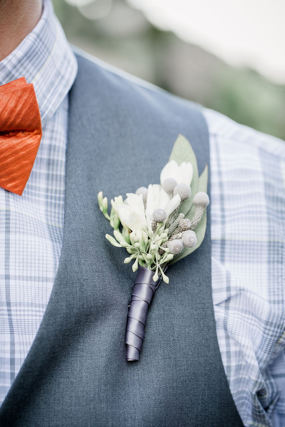 Boutonniere by Visual Impact Design | Amanda Collins Photography