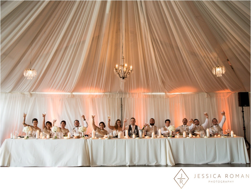 Head table florals & candles by Visual Impact Design | Jessica Roman Photography