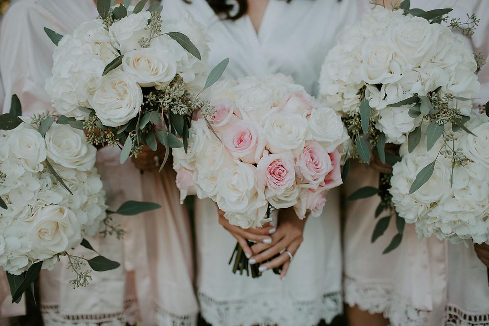Bride & Bridesmaids Bouquets by Visual Impact Design | Rachelle Davis Photography