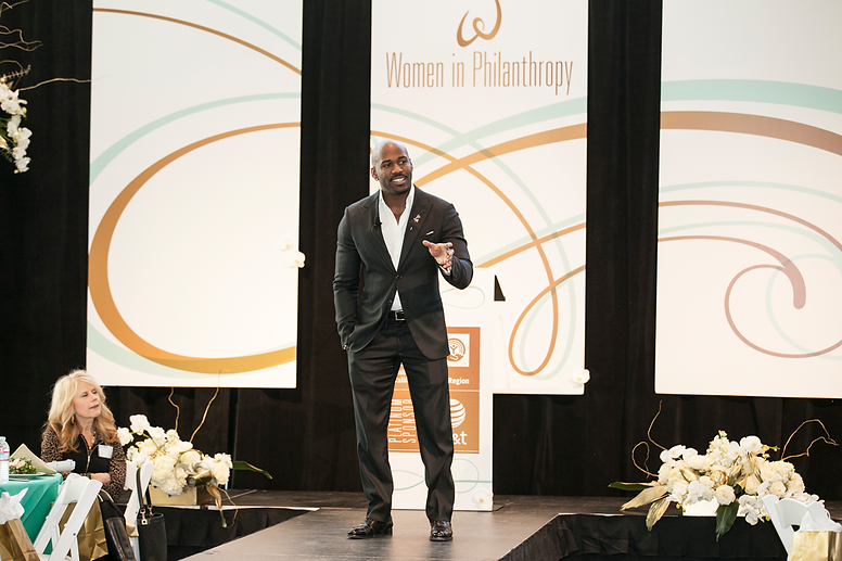 Corporate event floral design by Visual Impact Design. Women in Philanthropy  | Dolvett Quince