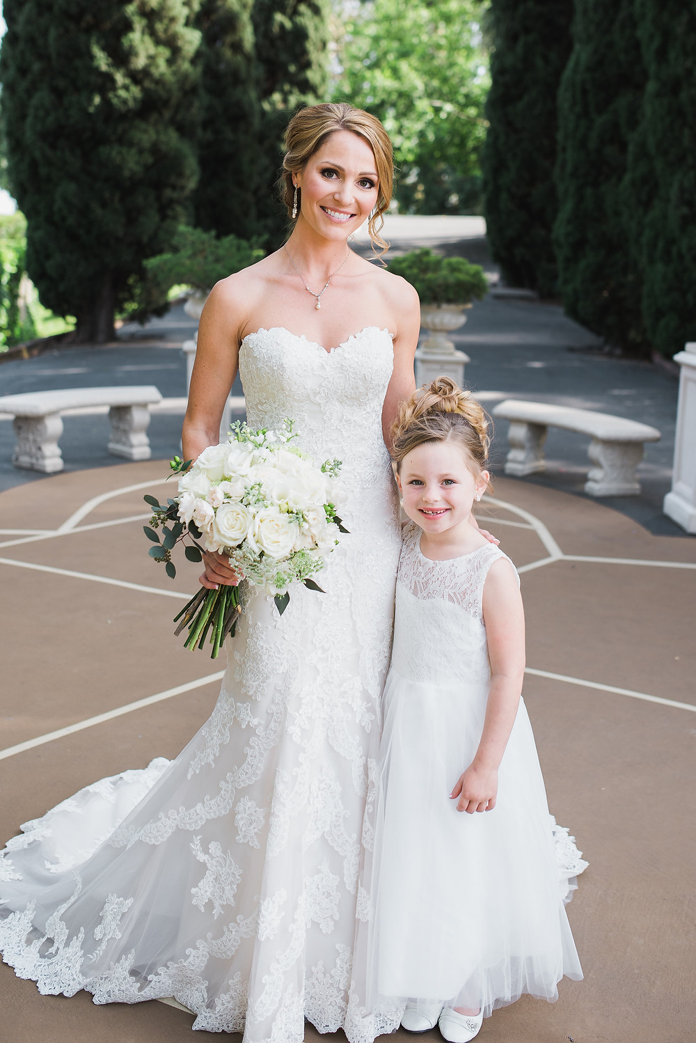 Bride & Flower Girl  | Visual Impact Design wedding flowers | Custock Photography