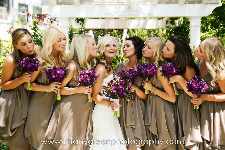 Purple bridal bouquets by Visual Impact Design. Tiffany Green Photography.