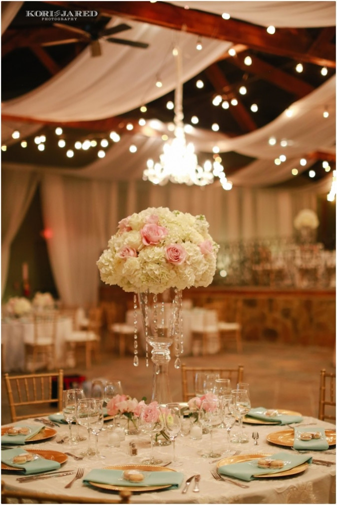 Reception centerpieces by Visual Impact Design | Kori & Jared Photography