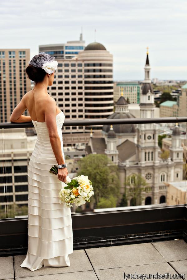 Buttercream, soft apricot and white bridal bouquet by Visual Impact Design, Sacramento Wedding Florist | Kate Whelan Events | Lyndsay Undseth Photography | Venue: Citizen Hotel