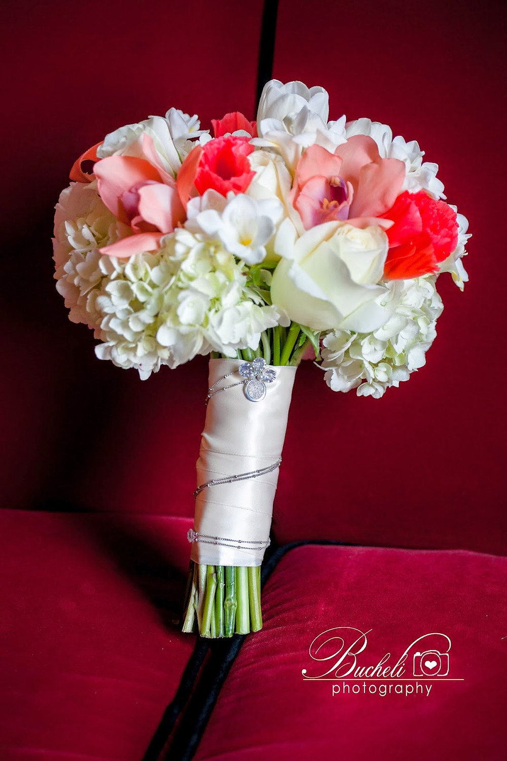 Bridal Bouquet by Visual Impact Design. Bucheli Photography.