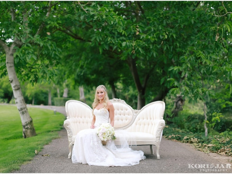 White Romance: Brianna + Eric's Winery Wedding
