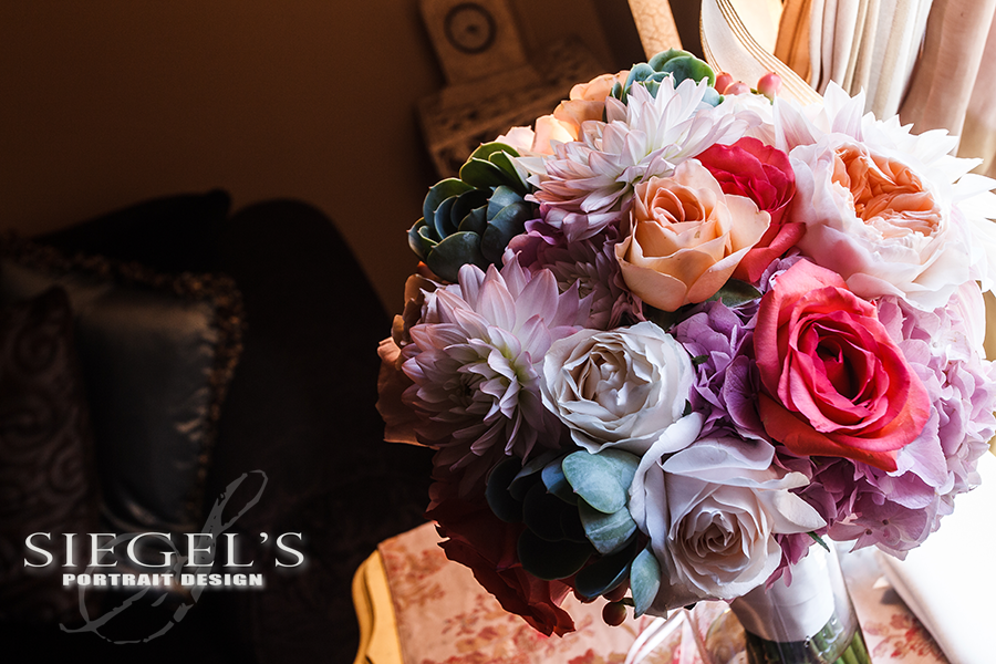 brides-bouquet-dressing-room.png