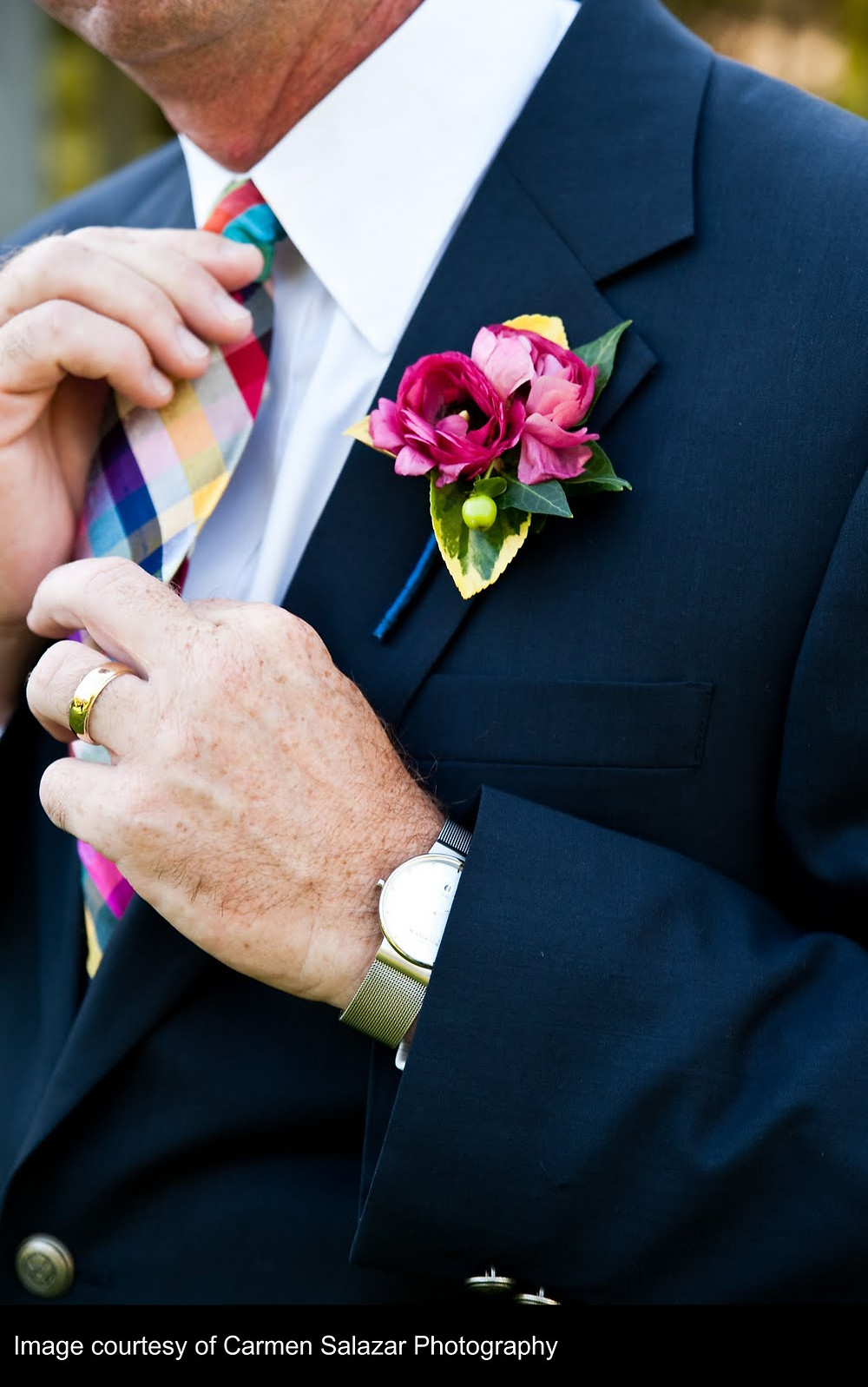 Pink and green boutonniere by Visual Impact Design | Carmen Salazar Photography