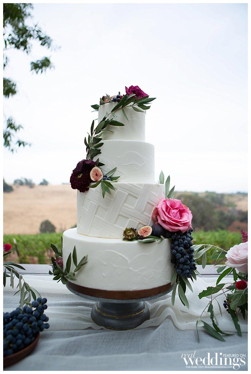 Italian-inspired wedding cake