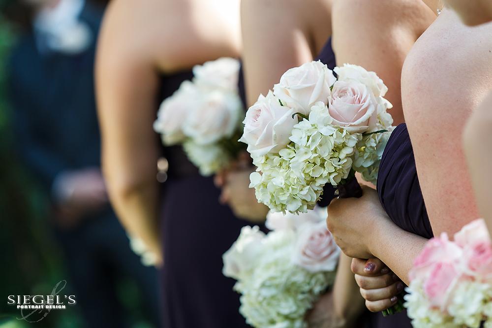 Lewis-W-423-bridesmaids-florals-web.png