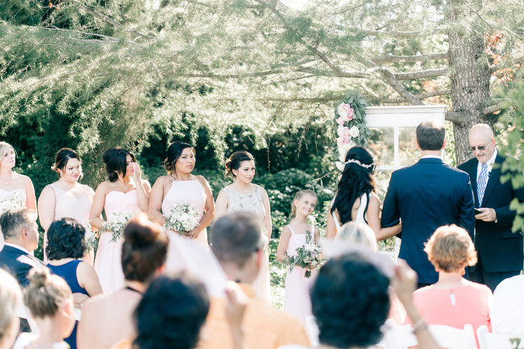 Ceremony Flowers by Visual Impact Design | Vienna Glenn Photography