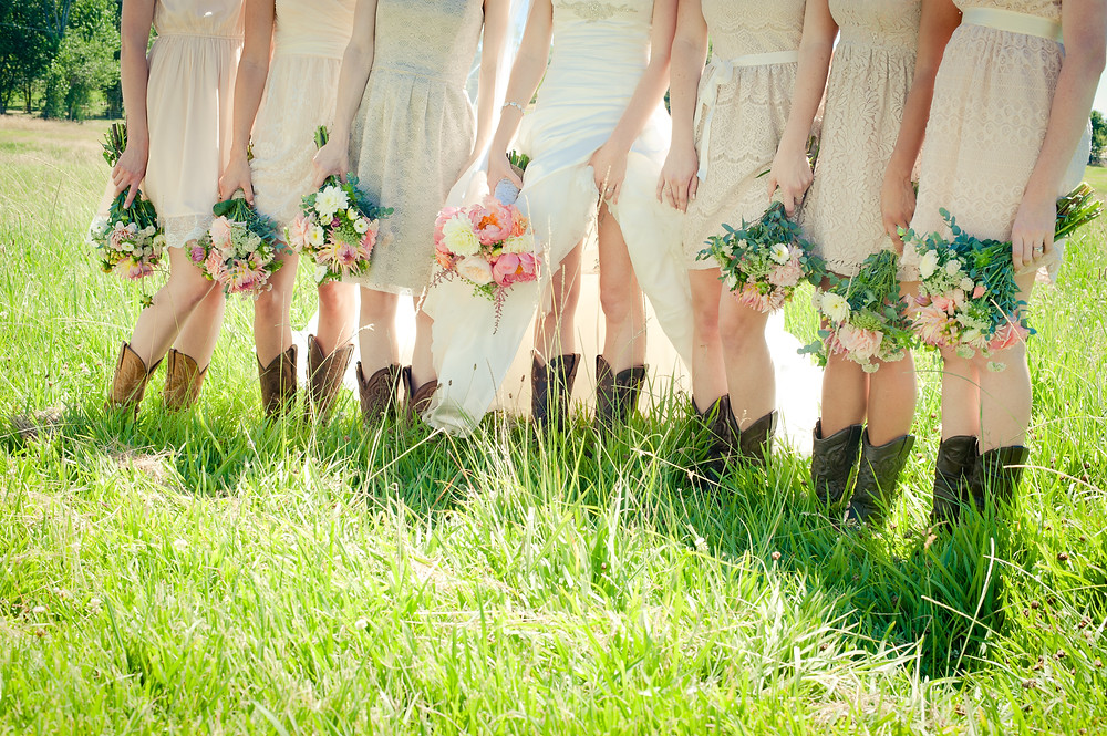 Country Chic Wedding - Bouquets by Visual Impact Design - Michelle Blair Photography