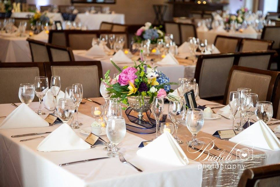 Centerpieces by Visual Impact Design | Bucheli Photography